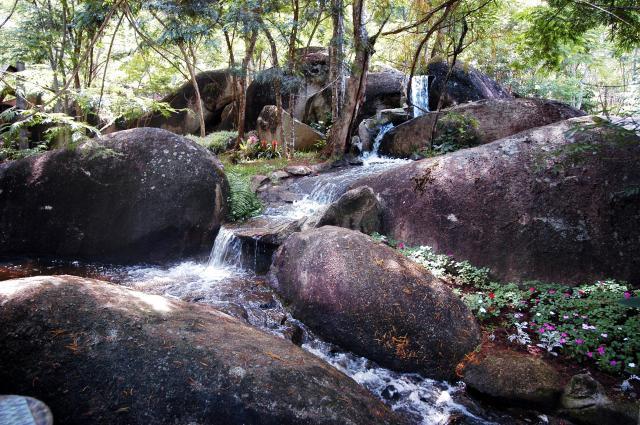 Algum lugar no Parque da Pedra Montada